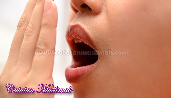 14 Cara Menghilangkan Bau Mulut Secara Alami