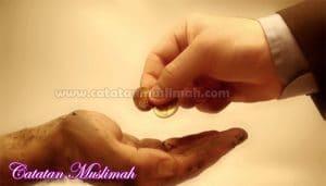 12 Keutamaan Sedekah Berdasarkan Al-Qur'an dan Hadits