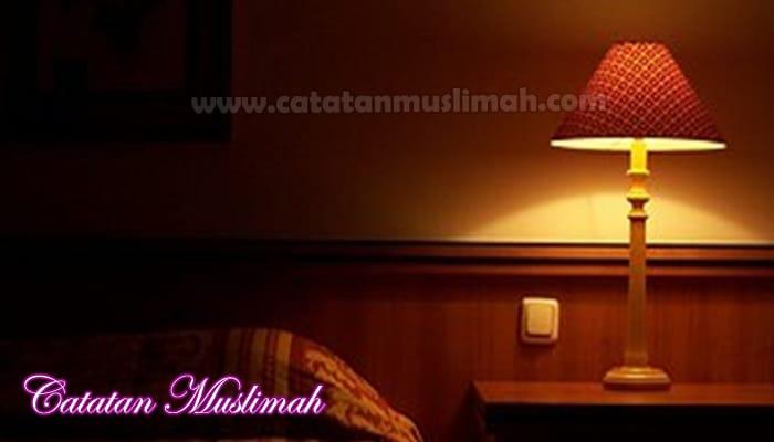 Benarkah Mematikan Lampu Sebelum Beranjak Tidur Diharuskan?