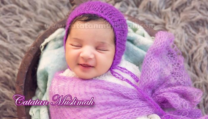 40 Rangkaian Nama Bayi Perempuan Islami Pilihan Dan Artinya